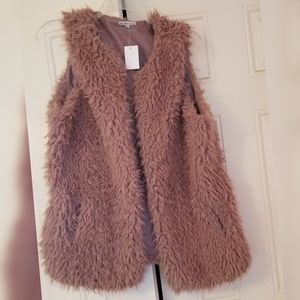 NWT Rose Pink Shaggy Sherpa Vest 1X